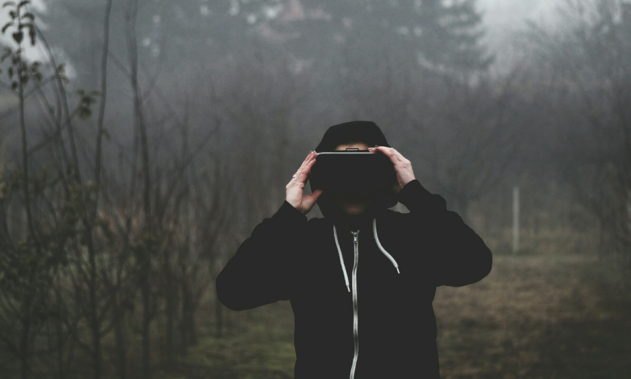 Stworzono plecaki VR z wbudowanym mikrokomputerem. Wirtualna rzeczywistość z plecaka może stać się przyszłością przemysłu