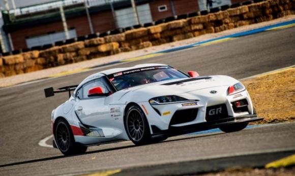 Toyota GR Supra GT4 w British GT Championship